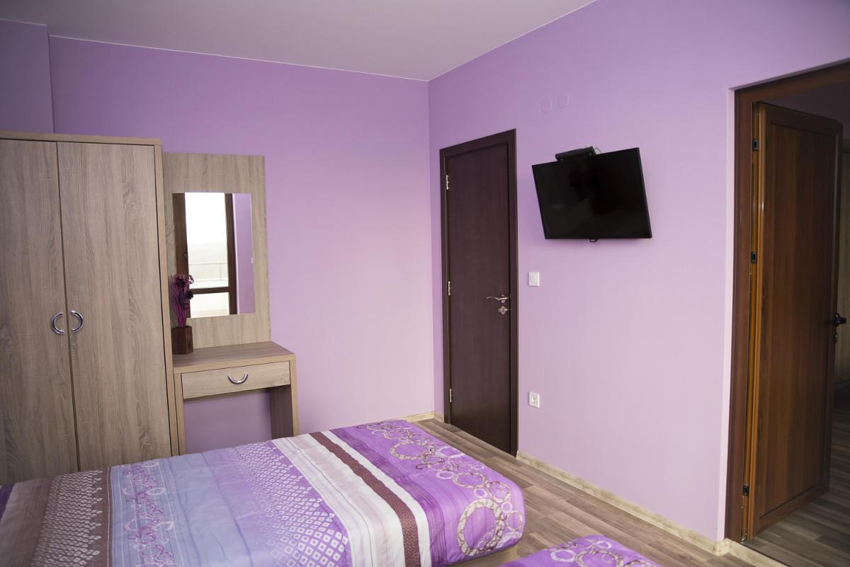Спалня 5 Къща за гости Фамилия