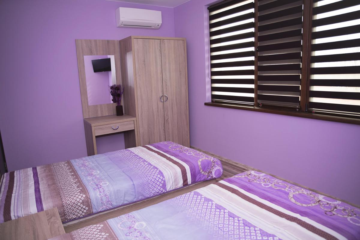 Спалня 10 Къща за гости Фамилия
