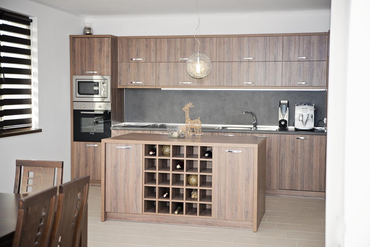Кухня в къща за гости Фамилия