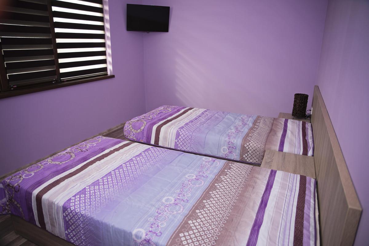 Спалня 9 Къща за гости Фамилия